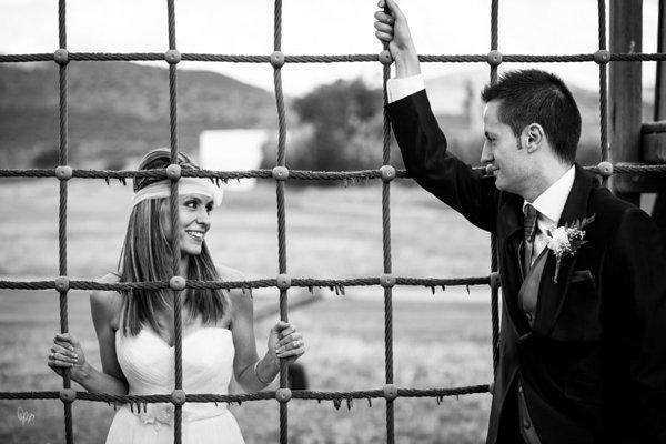 fotografo-bodas-nano-gallego-escote-corazon
