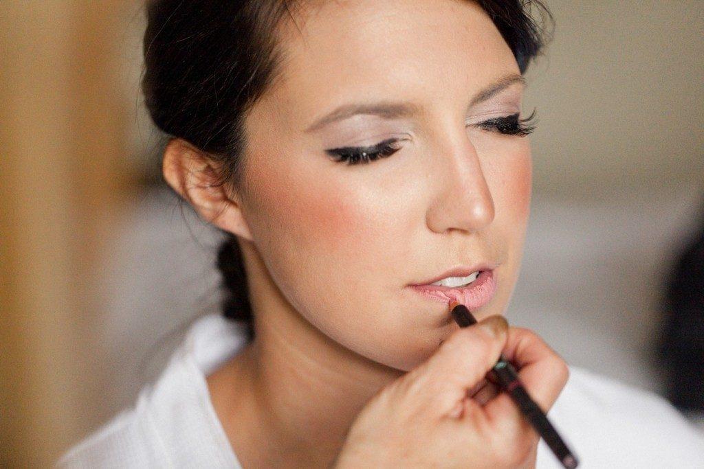 Maquillando-a-la-Novia-1024x683