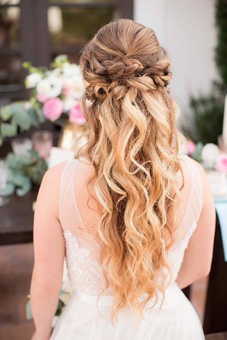 Peinado-de-novia-pelo-suelto-trenza