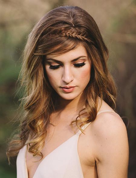 25 peinados de novia con pelo suelto club de novias - Peinado con trenza ...