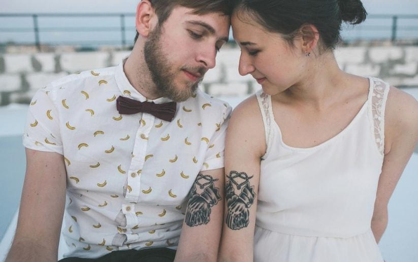 pareja-novios-modernos-tatuajes